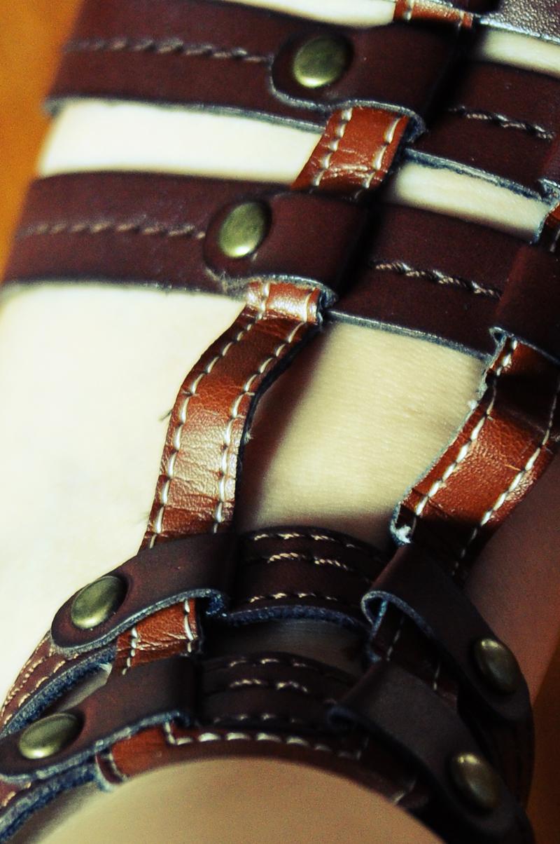braune Riemchen-Sandalen
