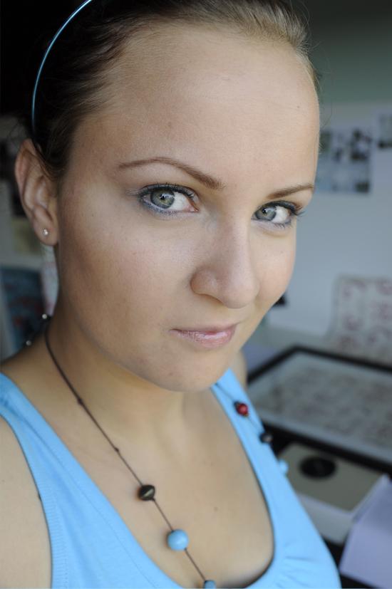 IOTD blau Makeup